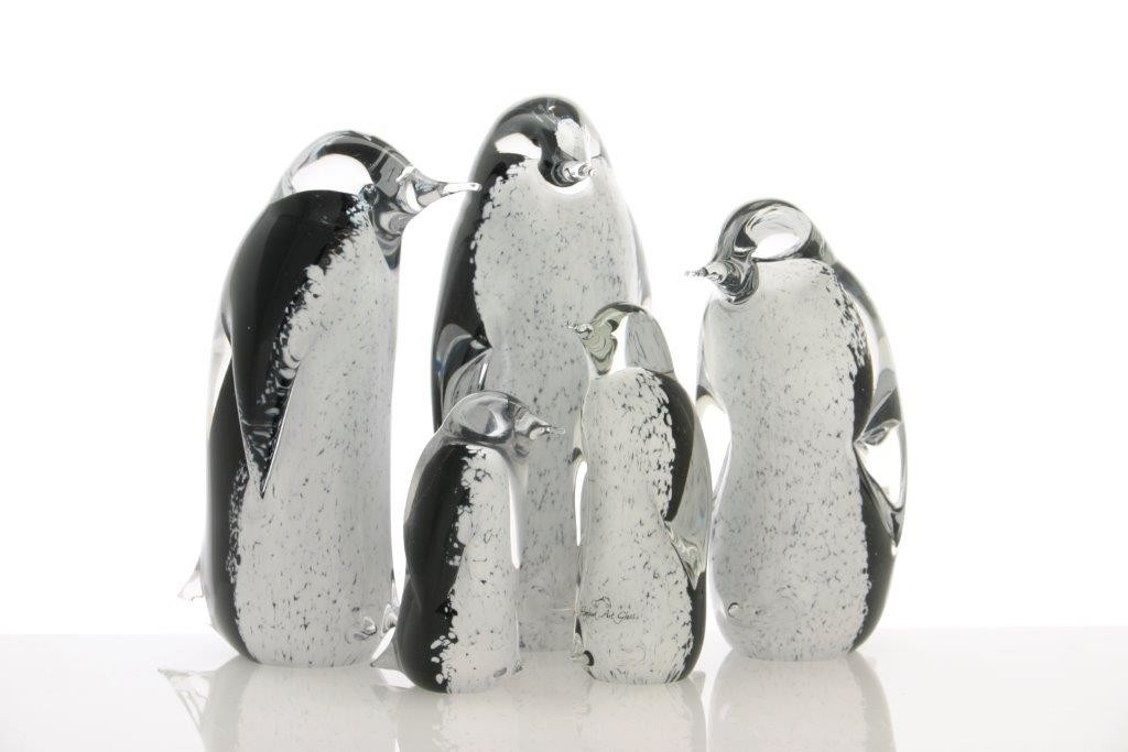 Family of penguins 5