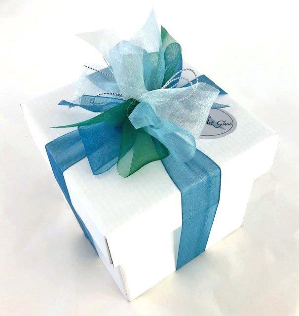 Gift boxed vase (2)