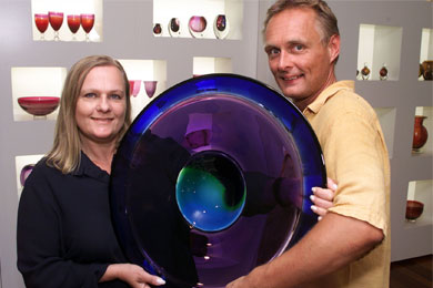 Ola and Marie carrying art glass